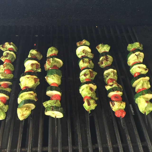 Pesto skewers! Cant wait for dinner! Added zucchini to thehellip