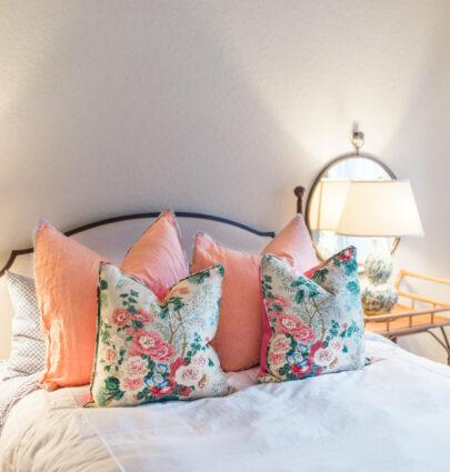 floral bedroom idea
