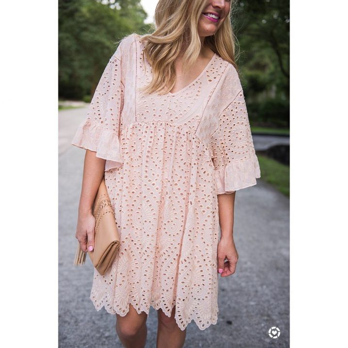 Happy Wednesday to you!! This dress is a fave andhellip