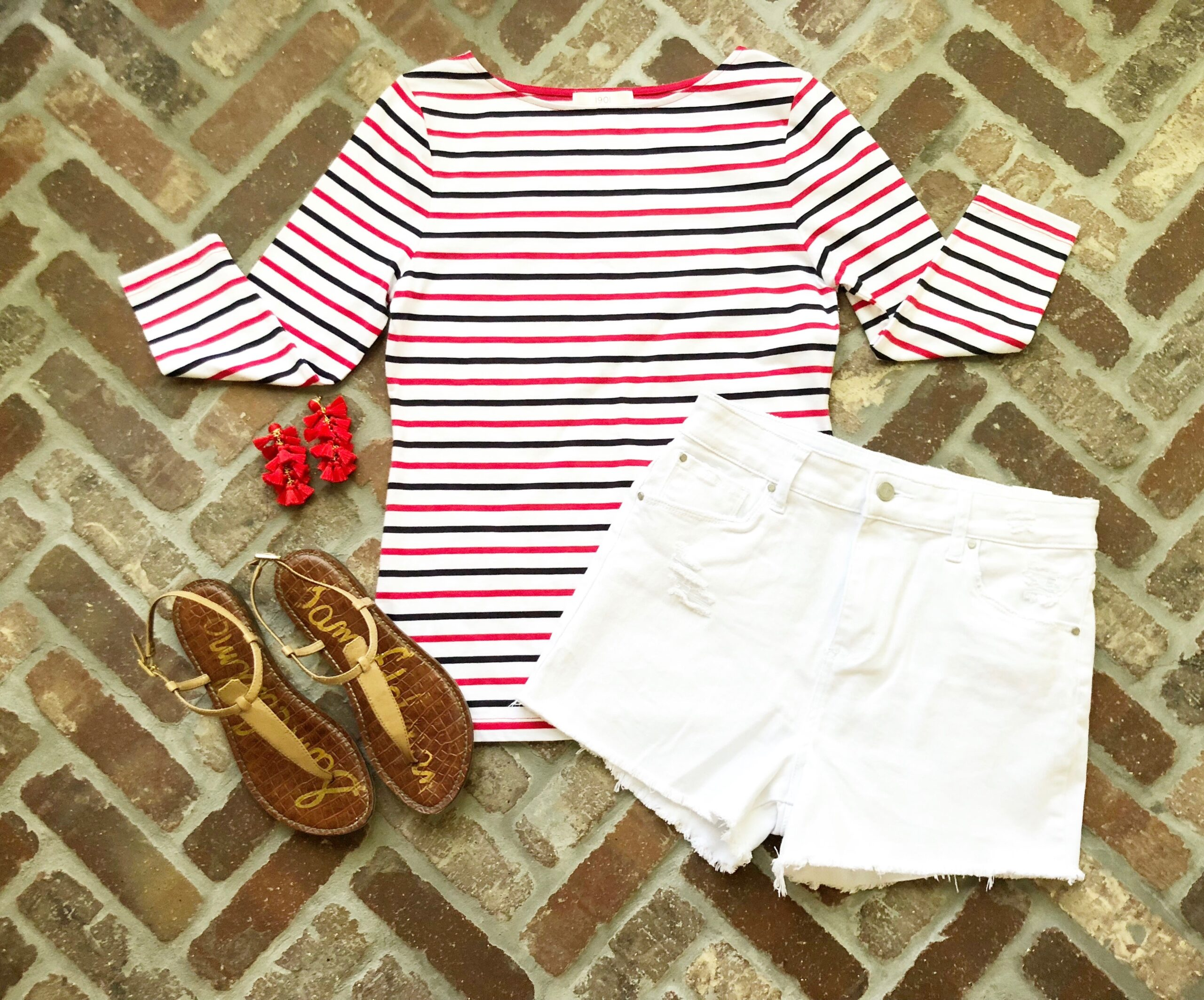 Cute 4th of July Outfit Ideas featured by popular Houston fashion blogger, Fancy Ashley