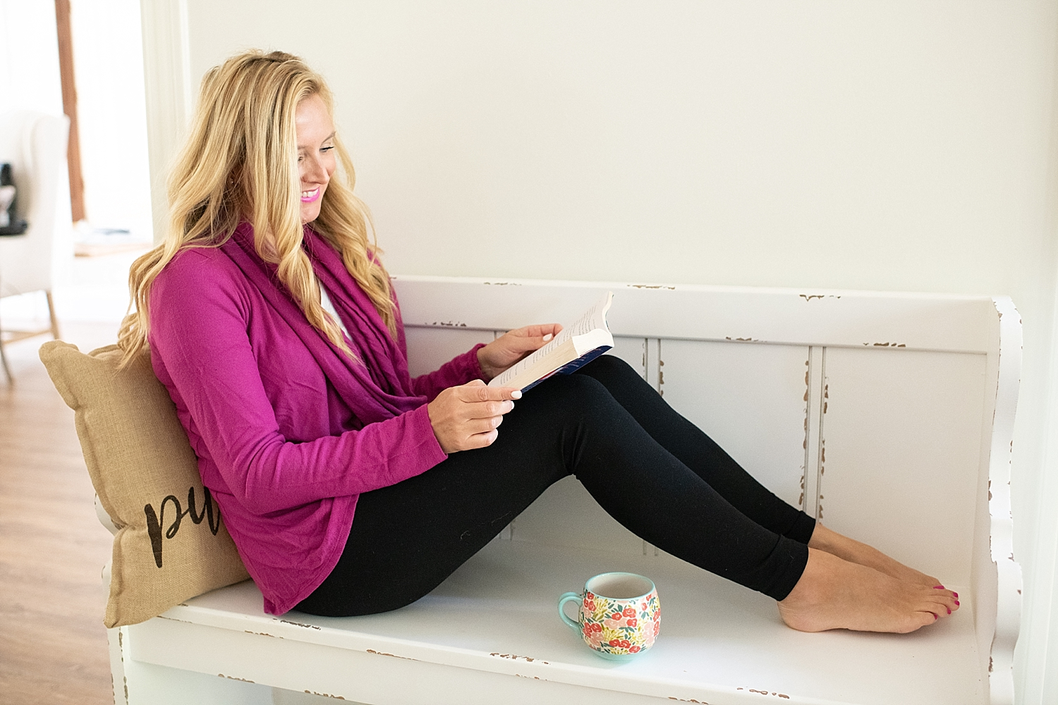 Friday Favorites featured by popular life and style blogger, Fancy Ashley: fall reading list