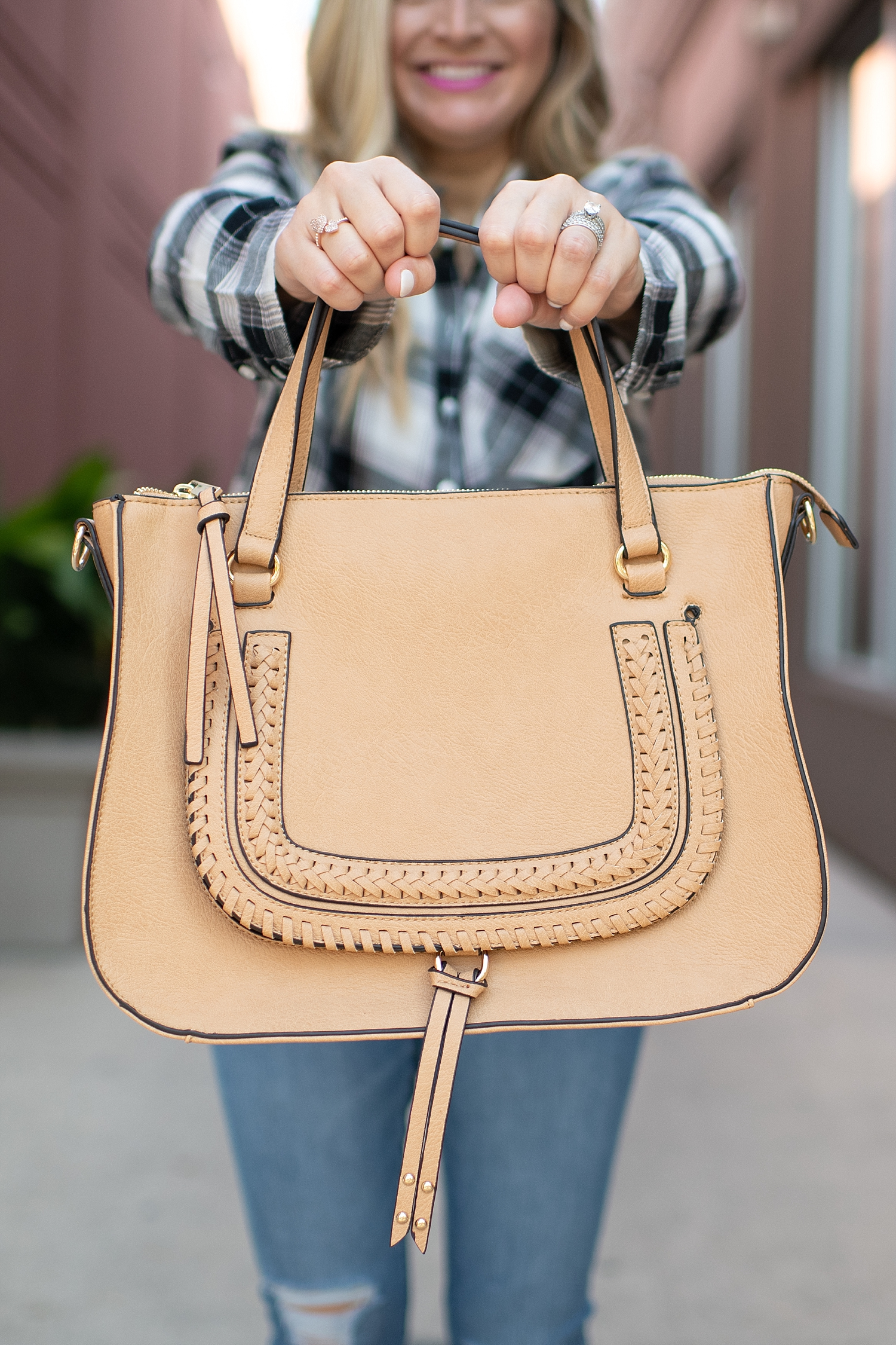 Friday Favorites featured by popular life and style blogger, Fancy Ashley: cream bag