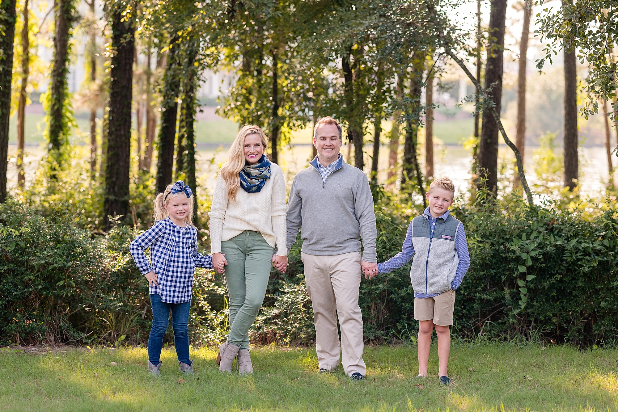 Fancy Cute Fall Family Photo Outfit Ideas Featured By Popular Houston Life And Style Blogger