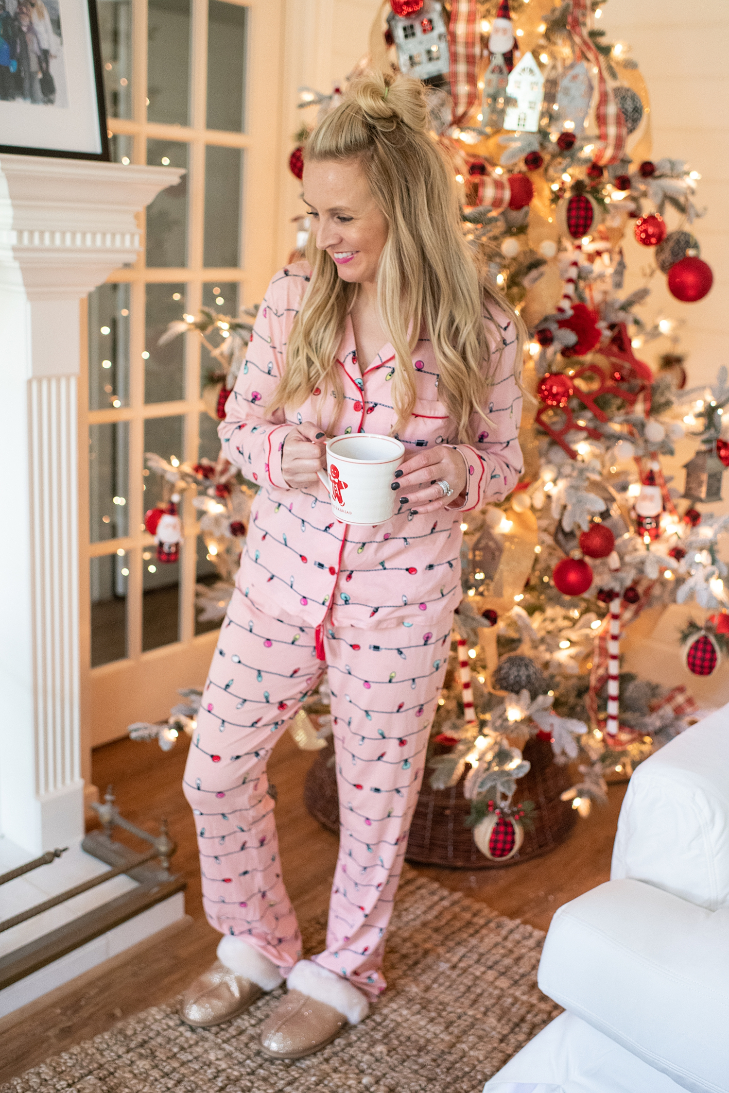 Amazon Favorites featured by top Houston fashion blog, Fancy Ashley: Christmas pjs