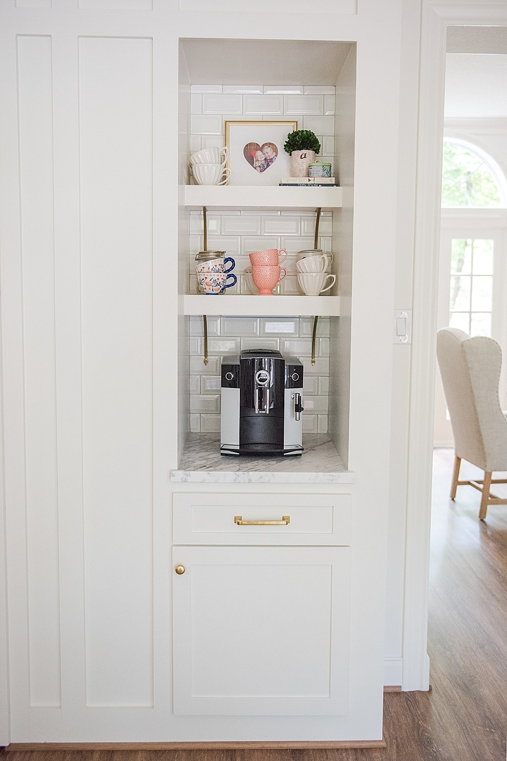 Current Favorites featured by top life and style Houston blogger, Fancy Ashley: JURA coffee maker