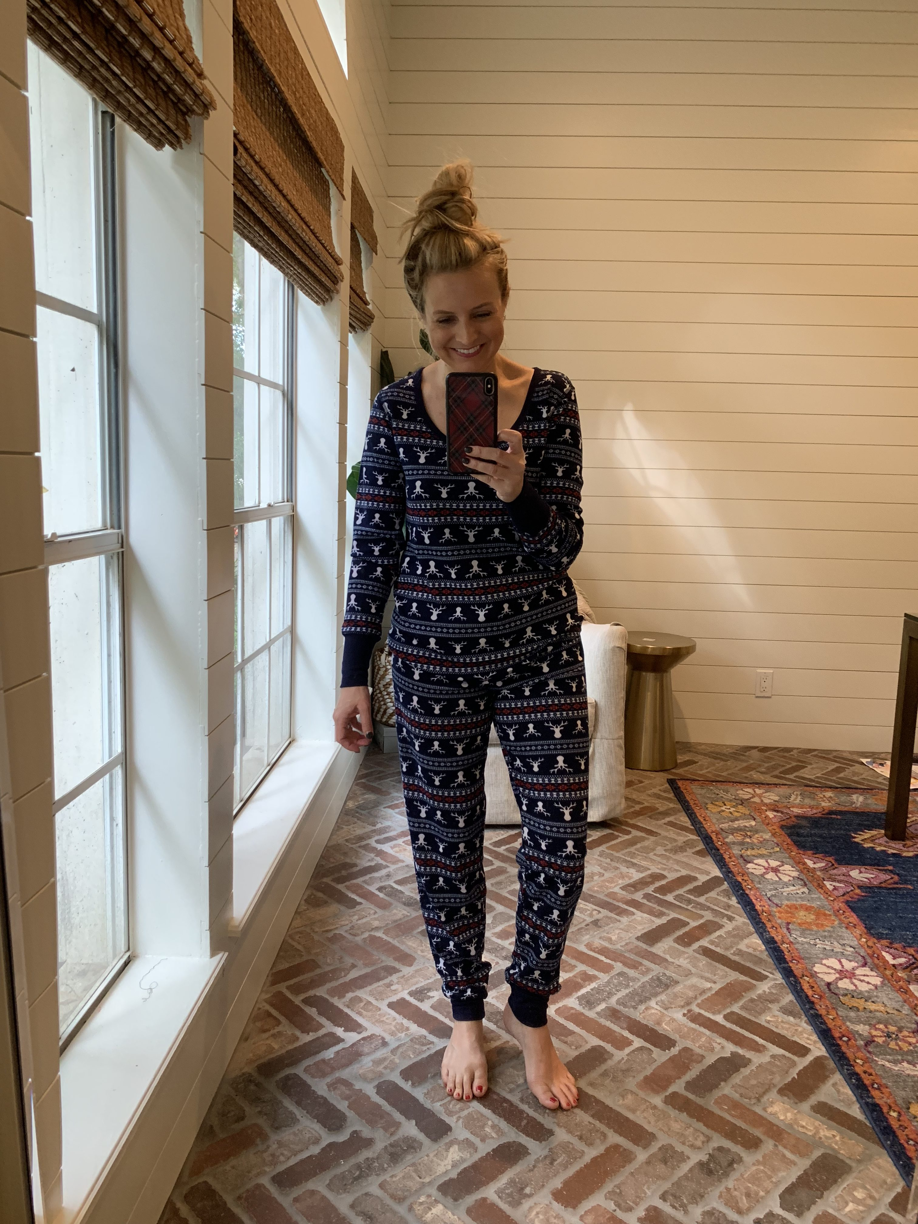 Amazon Favorites featured by top Houston fashion blog, Fancy Ashley: holiday pjs