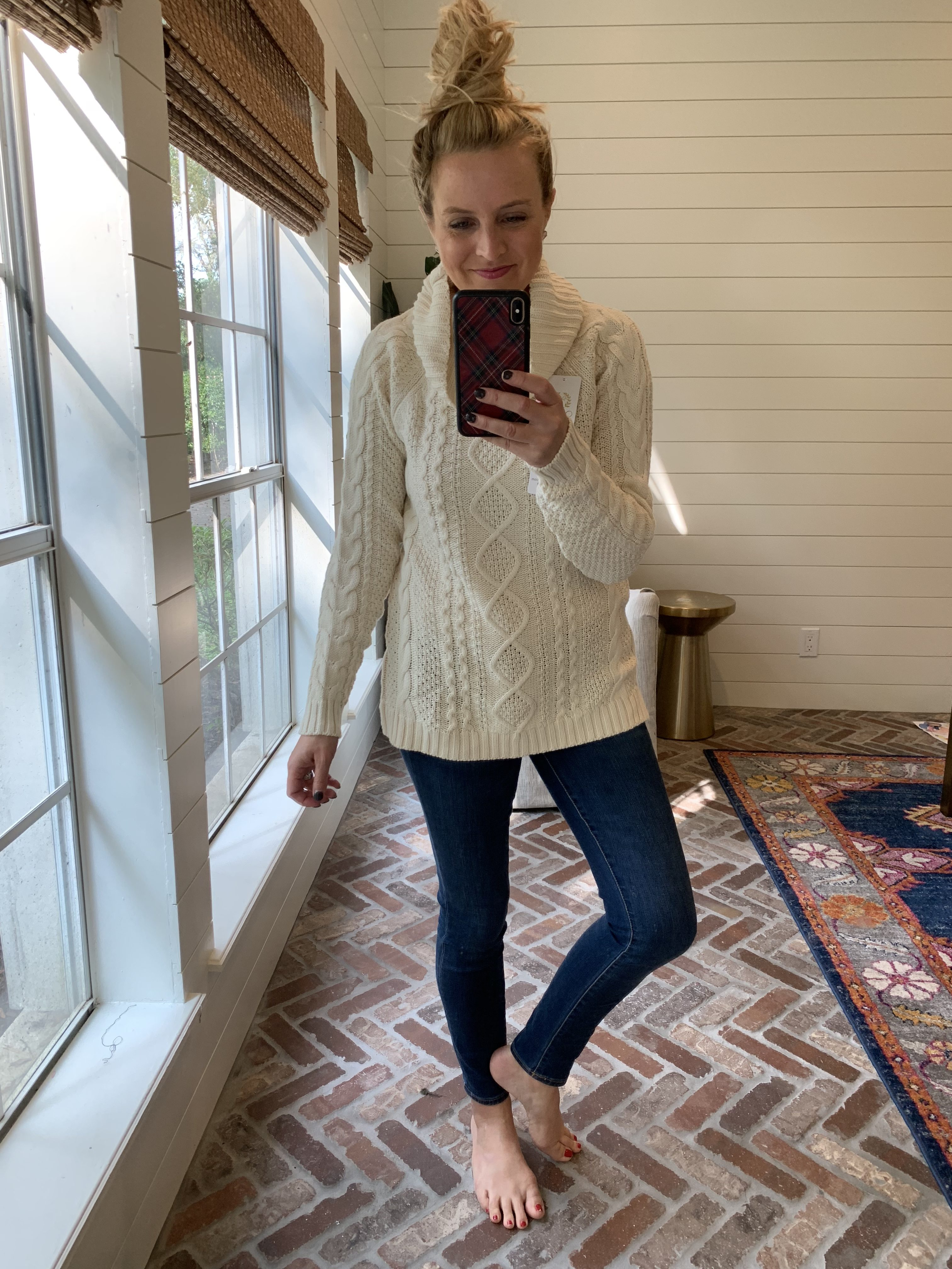 Amazon Favorites featured by top Houston fashion blog, Fancy Ashley: cozy sweater
