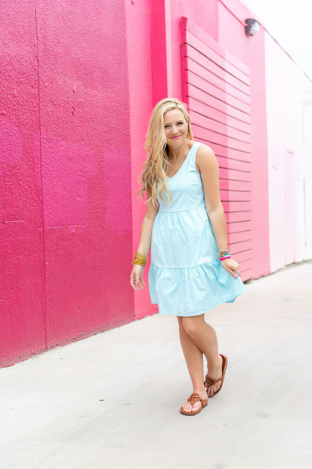 Summer Dress by popular Houston fashion blog, The House of Fancy: image of a woman wearing a Gibson Look Ashley tiered poplin dress.